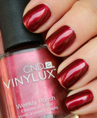 CND Vinylux Crimson Sash2