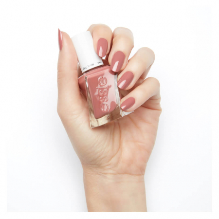 Essie Gel Couture  Walk the Hemline1