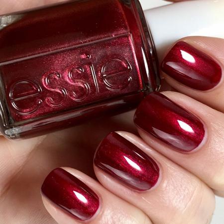 Essie Christmas Gift Set1