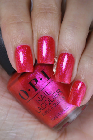 OPI Strawberry Waves Forever [2]