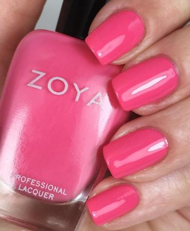 Zoya Lo1