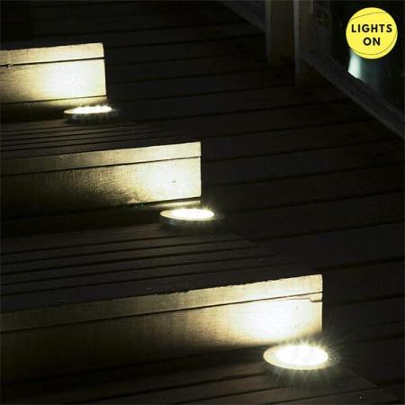 Set 4 bucati lampi cu incarcare solara 8 LED [5]