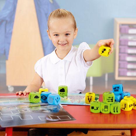 Inventeaza povesti - Plot Blocks - Set zaruri de poveste - Gradinita sau acasa 3