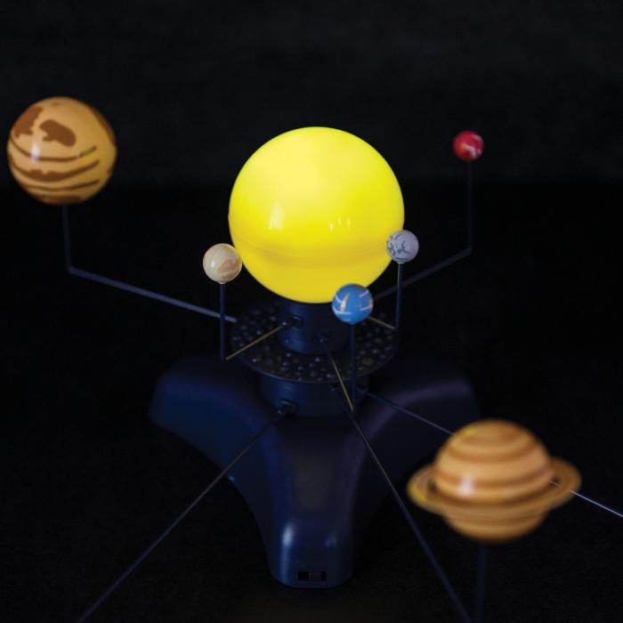Sistem Solar Motorizat Geosafari - Micul astronom 5