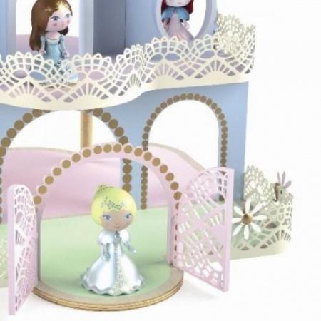 Castel cu figurine Arty toys1