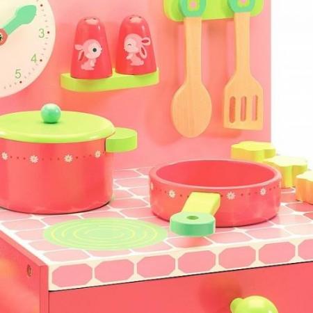 Mini-bucatarie pentru o Mini-bucatareasca1