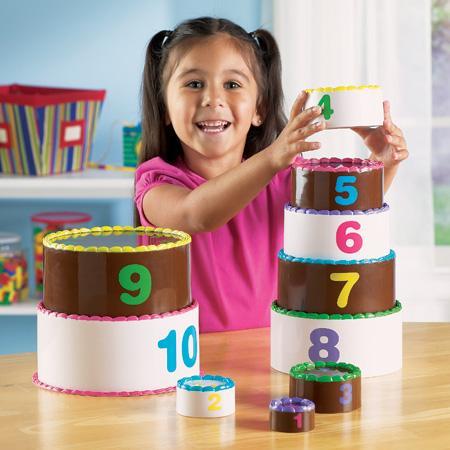 Aranjeaza si numara - set tort pe etaje1