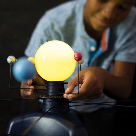 Sistem Solar Motorizat Geosafari - Micul astronom2