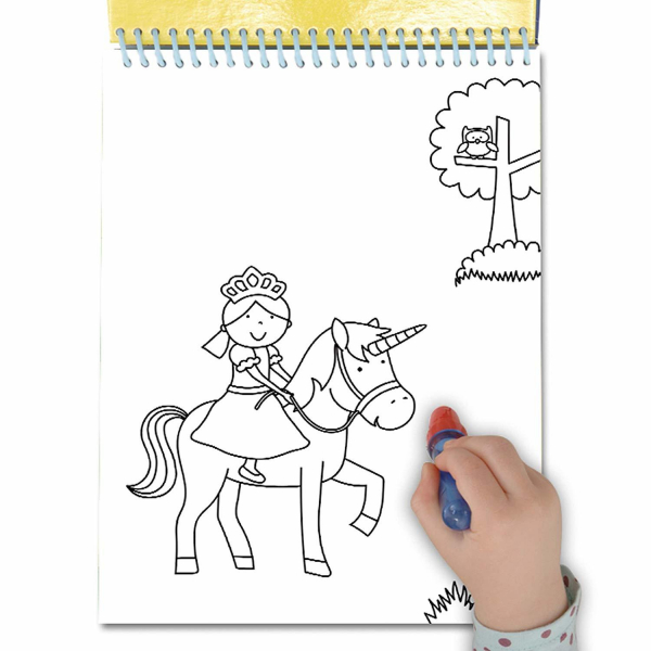 Water Magic: Carte de colorat Unicorni 1
