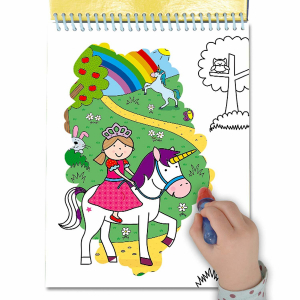 Water Magic: Carte de colorat Unicorni2