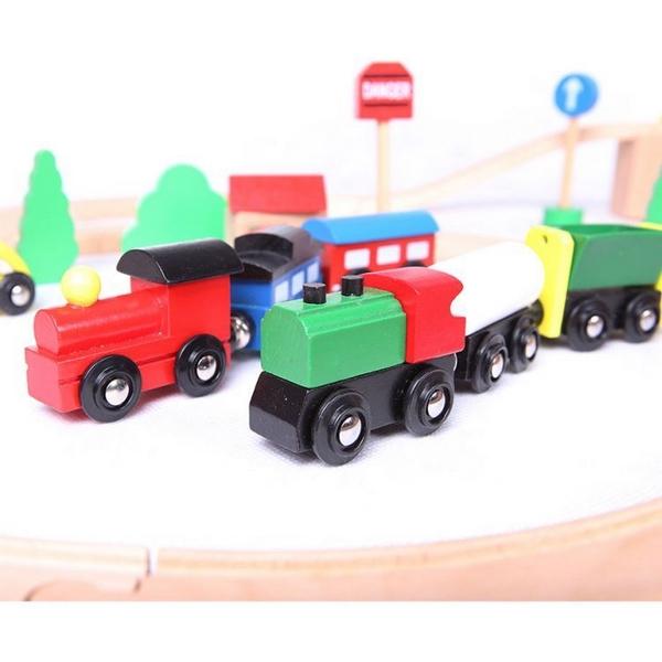 Linie de tren din lemn Ecotoys 3