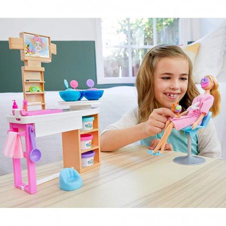 Set Barbie by Mattel Wellness and Fitness O zi la salonul Spa papusa cu figurina si accesorii [5]