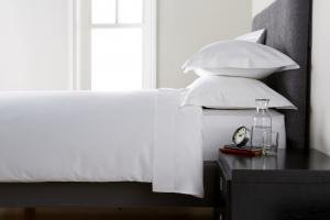 Cearceaf de pat, densitate 600TC - Alb1