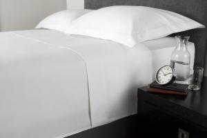 Cearceaf de pat, densitate 600TC - Alb0