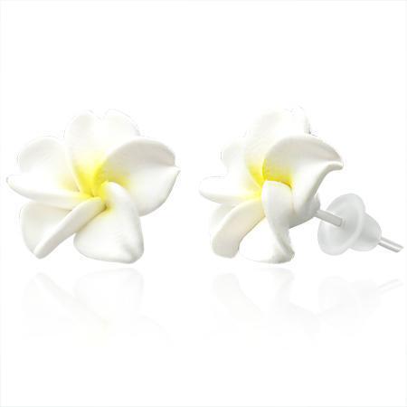 Cercei fantezie cu floricele albe 0