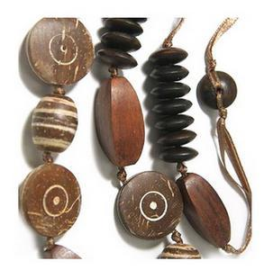 Colier lung elegant cu lemn nuca de cocos 120 cm 1