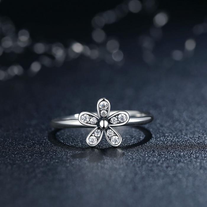 Inel argint cu floare si zirconii albe - Be Nature IST0012_173 1