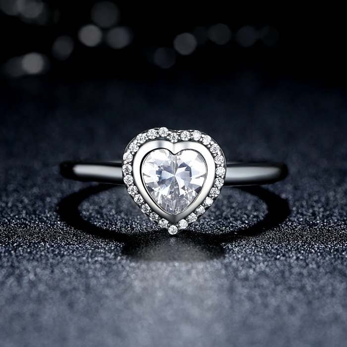 Inel argint 925 cu inimioara si zirconii albe IST0013 1