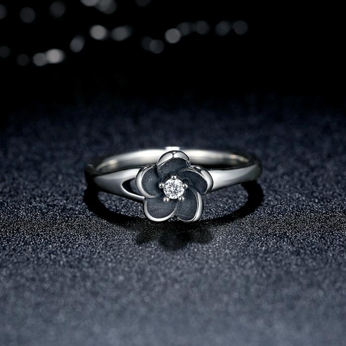 Inel argint 925 cu floare si zirconiu alb IST0015 1
