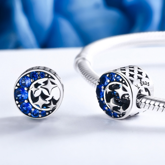 Charm argint 925 semiluna cu stelute argintii si zirconii albastre - Be Nature PST0084 1