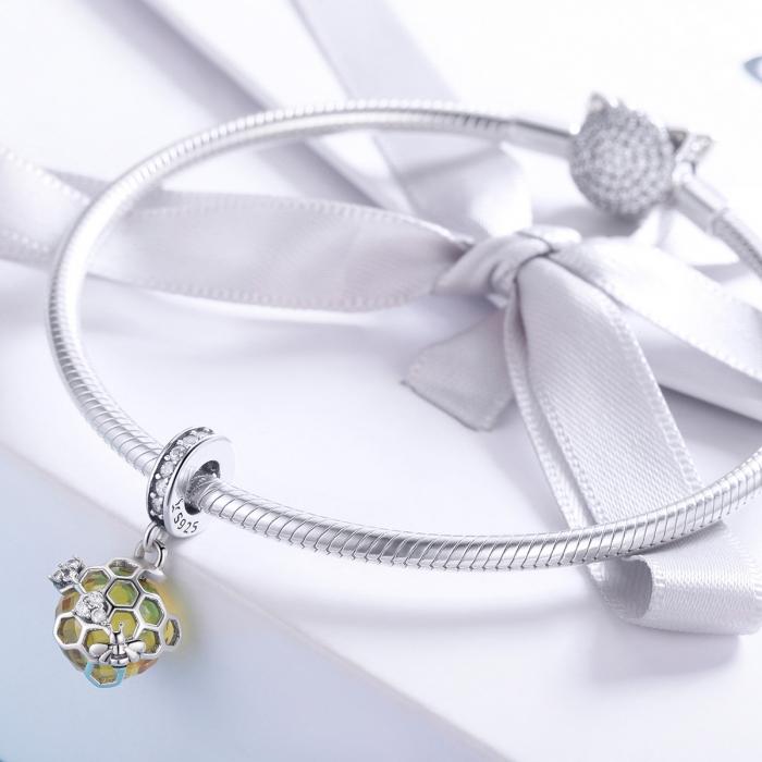 Charm argint 925 cu albinuta, fagure si zirconii - Be Nature PST0148 2