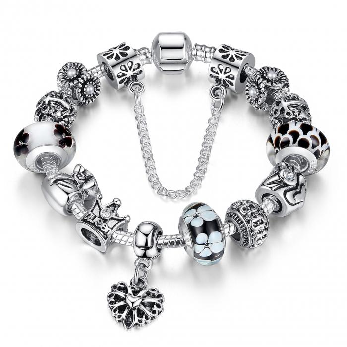 Bratara fantezie BeSpecial BSTF0003 placata cu argint, cu talismane cu motive regale si florale 0