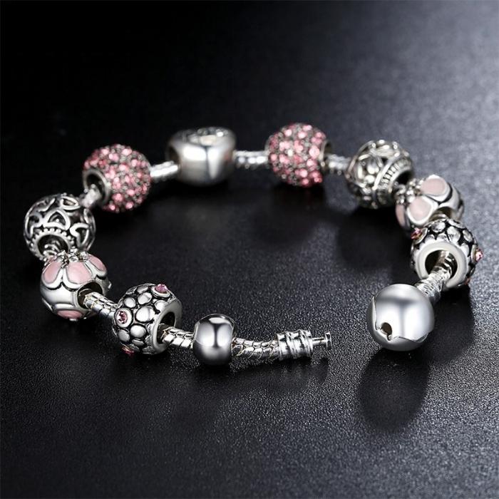 Bratara fantezie BeSpecial BSTF0008 placata cu argint, cu talismane roz 1