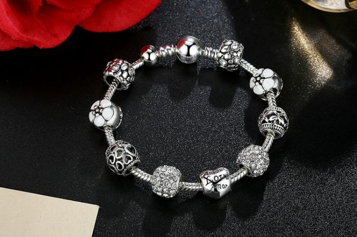 Bratara fantezie BeSpecial BSTF0009 placata cu argint, cu talismane 1