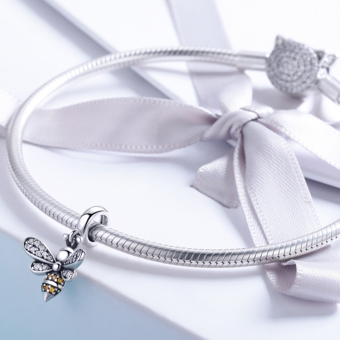 Charm argint 925 cu albinuta si zirconii - Be Nature PST0143 2