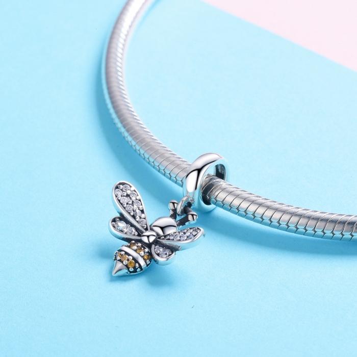 Charm argint 925 cu albinuta si zirconii - Be Nature PST0143 1