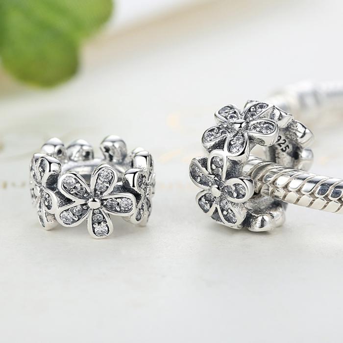 Charm argint 925 cu floricele si zirconii albe - Be Nature PST0052 3