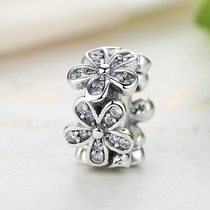Charm argint 925 cu floricele si zirconii albe - Be Nature PST0052 2