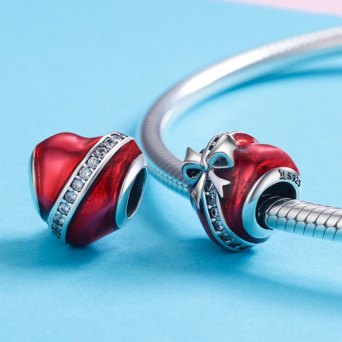 Charm argint 925 inimioara rosie cu fundita si zirconii albe - Be in Love PST0131 [3]