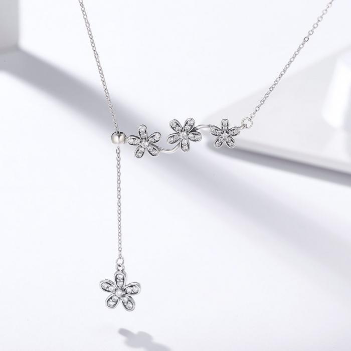 Colier argint reglabil cu flori si zirconii 1