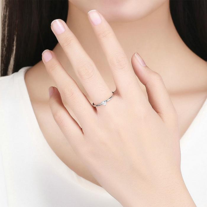 Inel argint cu inimioara de zirconiu 3