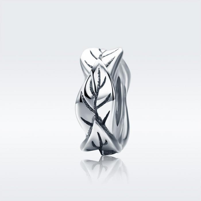Talisman argint cu frunze 1