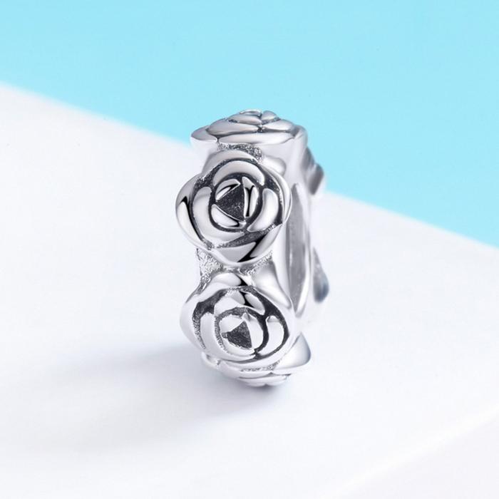 Talisman argint cu trandafiri 2