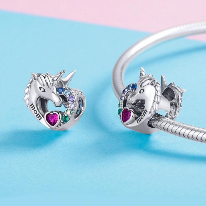 Talisman argint cu unicorn si zirconii multicolore si mesaj Mom [4]