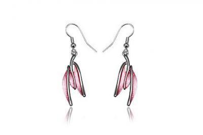 Cercei eleganti cu frunze roz si metal rodiat1