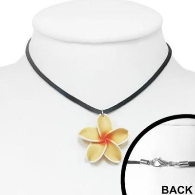 Colier cu floare plumeria si snur1