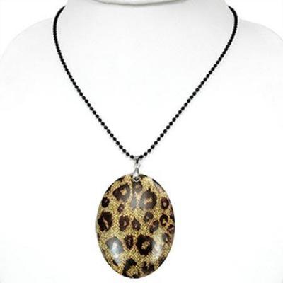 Colier cu pandantiv model leopard si lant negru1