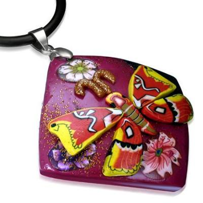 Colier fantezie cu fluture si floricele0
