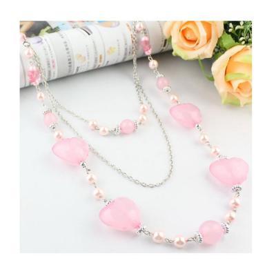 Colier lung cu margele si inimioare roz