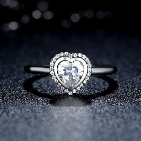 Inel argint 925 cu inimioara si zirconii albe IST00131