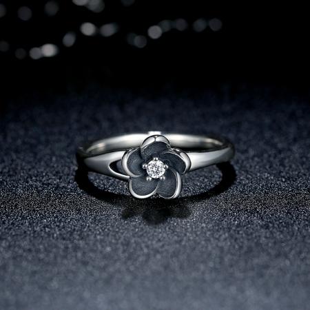 Inel argint 925 cu floare si zirconiu alb IST00151