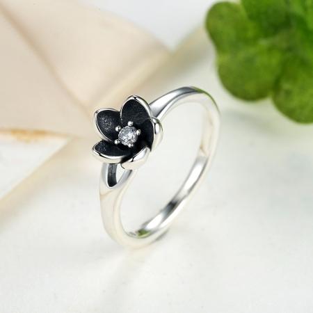 Inel argint 925 cu floare si zirconiu alb IST00153