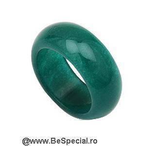 Inel din piatra jad (piatra semipretioasa)
