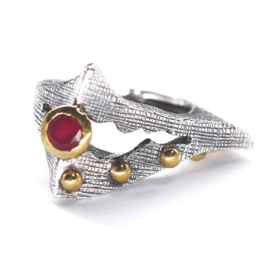 Inel elegant argint 925 cu piatra rosie