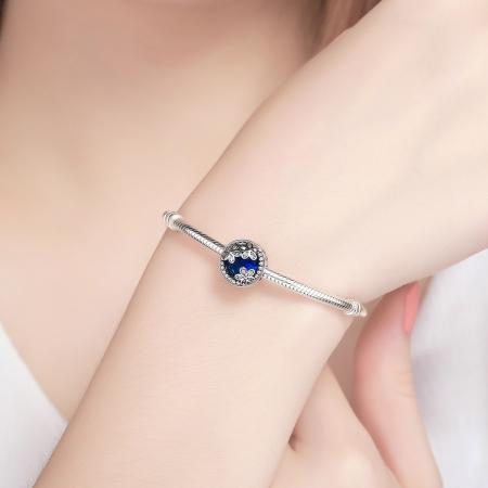 Charm argint 925 cu cristal albastru, floricele si zirconii albe - Be Nature PST00774