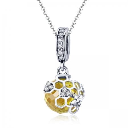 Charm argint 925 cu albinuta, fagure si zirconii - Be Nature PST01485